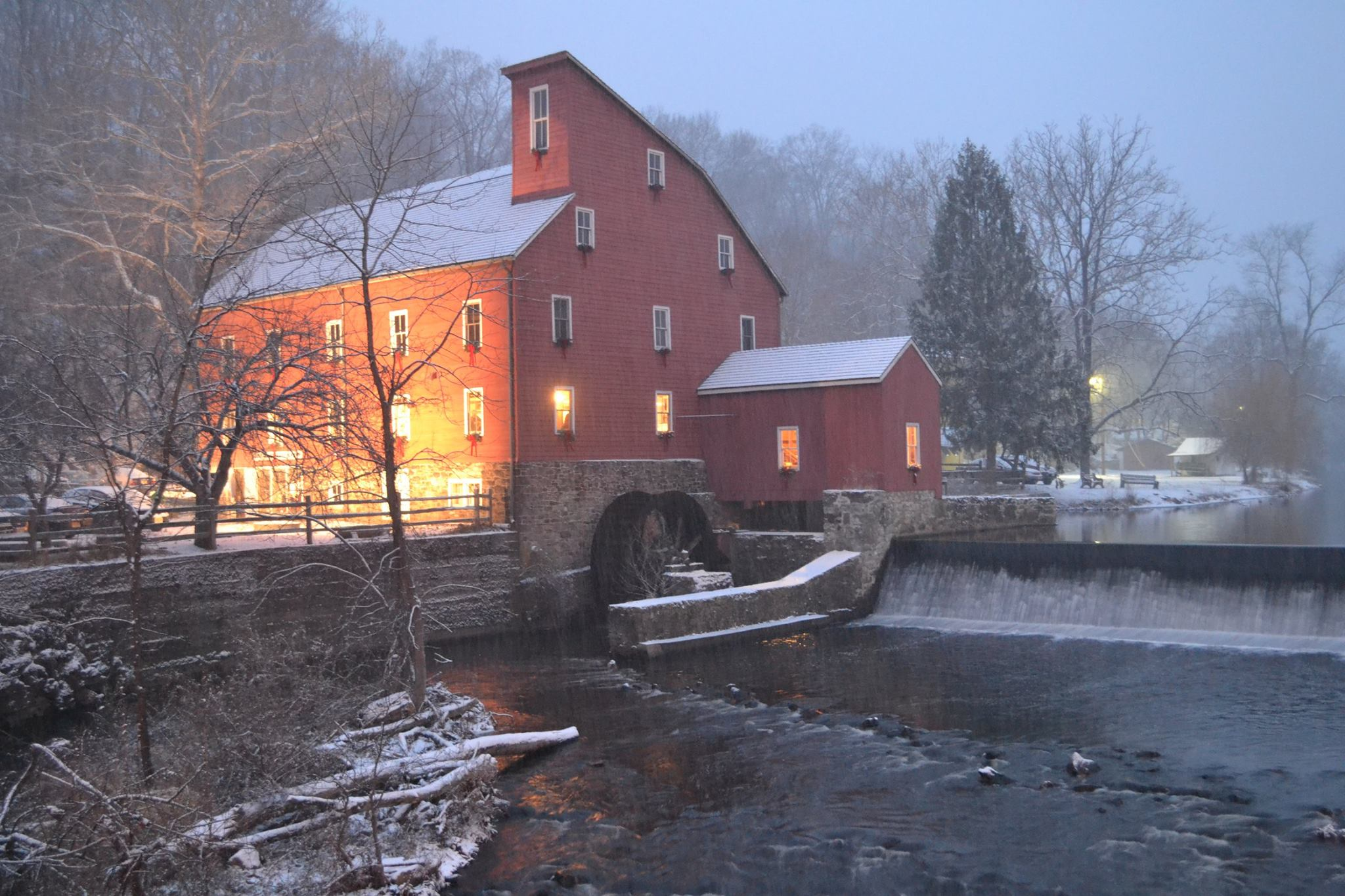 red-mill-inn-2-1.jpg